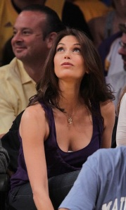 TERI-HATCHER- Breasts : Breast implants : Breast Augmentation : Celebrity cosmetic Surgery