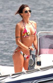Elisabetta Canalis thong bikini, George Clooney's girlfriend in thong bikini, celebrity cosmetic surgery, celebrity plastic surgery