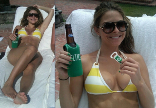 maria menounos bikini, breast implants, breast augmentation, celebrity cosmetic surgery, plastic surgery