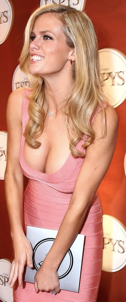 brooklyn decker at the espys, brooklyn decker breast implants, brooklyn decker plastic surgery, celebrity gossip, celebrity plastic surgery, celebrity cosmetic surgery