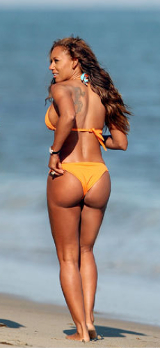 mel B bikini pics, scary spice booty, celebrity plastic surgery, celebrity bikini pics, celebrity gossip, MAS, Manhattan Aesthetic Surgery