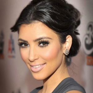 kim kardashian lips, kim kardashian plastic surgery, kim kardashian fake eyelashes, MAS, Manhattan Aesthetic Surgery, Dr. Nicholas Vendemia, New York Plastic Surgery